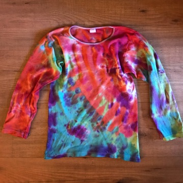 TSHIRT TIE DYE, HAND MADE, MAMA RAINBOW, NATURAL FABRICS