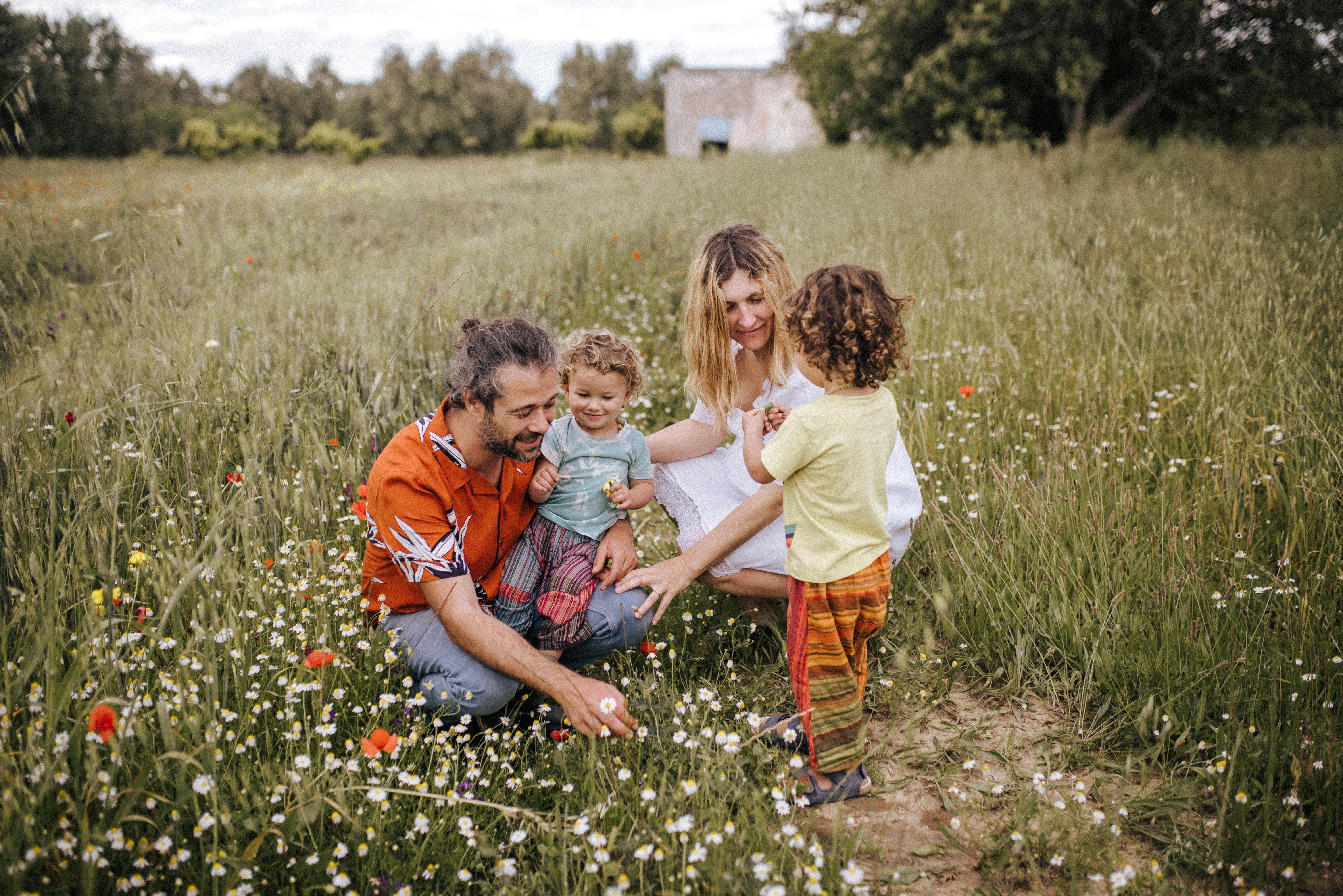 gentle parenting, mama rainbow, vegan, famiglia, bambini, genitori, pedagogia, comunicazione nonviolenta, crescere, consapevolezza, insieme, positive parenting,