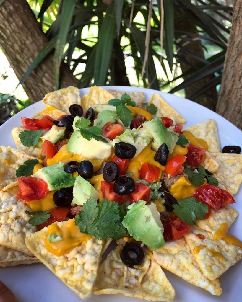 nachos, cibo messicano, messico, vegan, ricetta, mama rainbow, famiglia, vegan, sano, facile, bambini, estate, fresco, mangiare, glutenfree