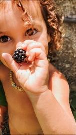 aspettative, libertà, educazione, genitori, parenting, bambini, insegnare, famiglia, mama rainbow, gentle parenting, montessori, steiner, consapevolezza, crescita, eco famiglia, vegan