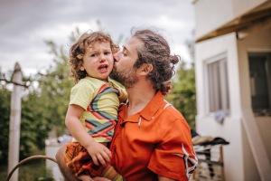 vegan, gentle parenting, società. comportamenti, educazione, rispetto, bambini, famiglia, mama rainbow, amore, rispetto, comunicazione non violenta, emozioni, intelligenza emotiva, accettazione, diverso, futuro, montessori
