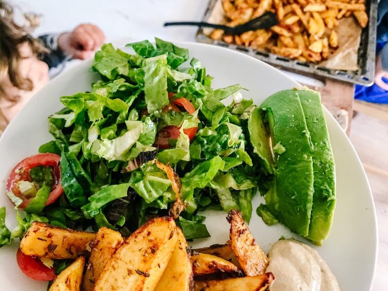 patate, maionese, raw, probiotici, microbioma, intestino, sano, erbe, ricetta, facile, veloce, cibo vero, cibo integrale, mama rainbow