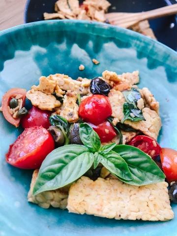 tempeh, mediterranea, salute, sano, veloce, facile, famiglia, bambini, ricetta, mama rainbow, vegan, cucinare, glutenfree, semplice